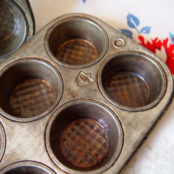 画像2: ビンテージ ベーキング・パン 2個セット 【マフィン型】
